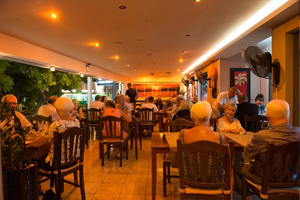 paphos restaurant